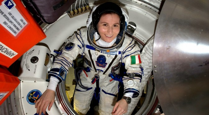 L+170: Schon gehört? Ich bleibe noch ein paar weitere Wochen im Weltraum!